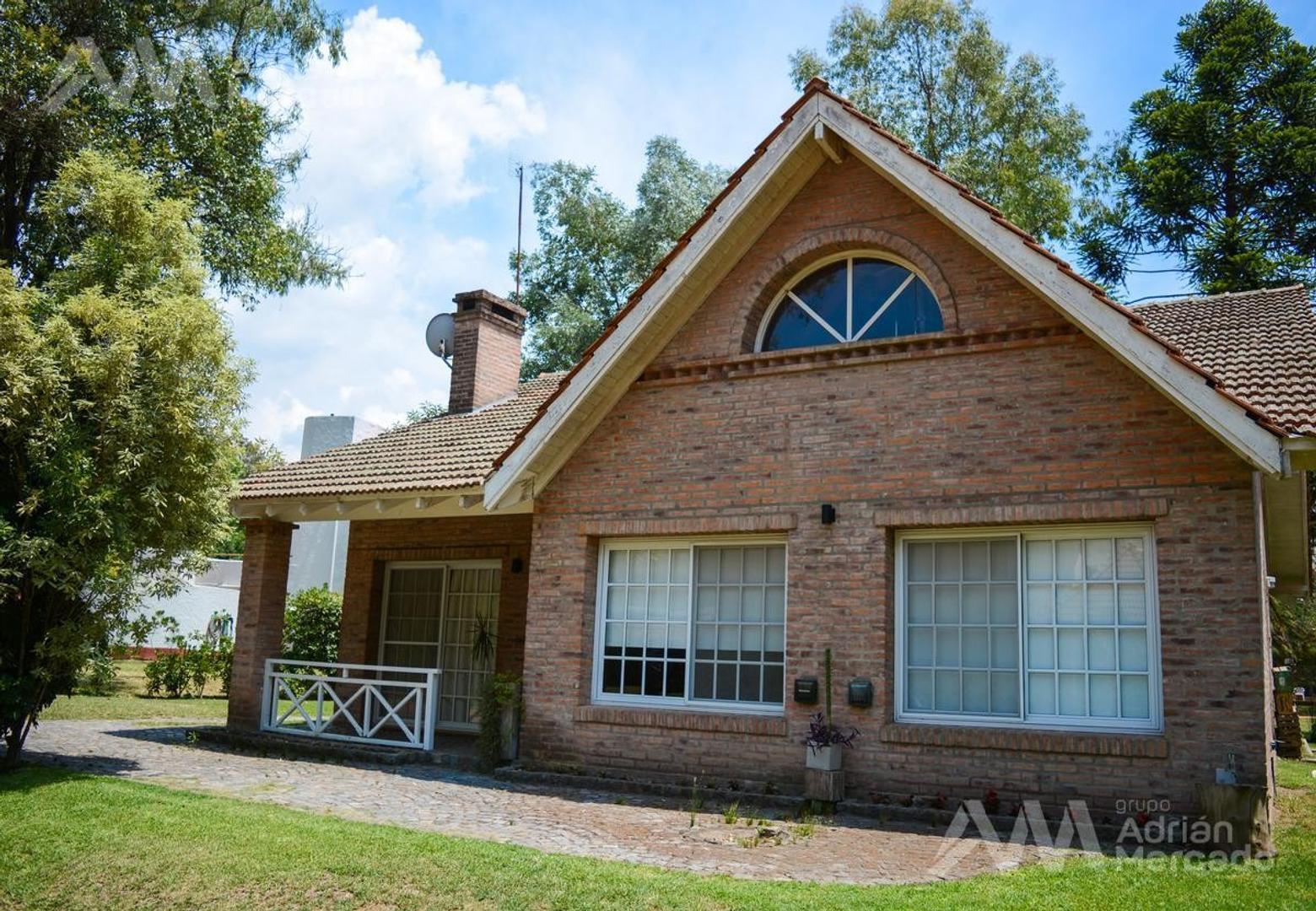 Muy linda casa a la venta en Country  Rincon De Maschwitz