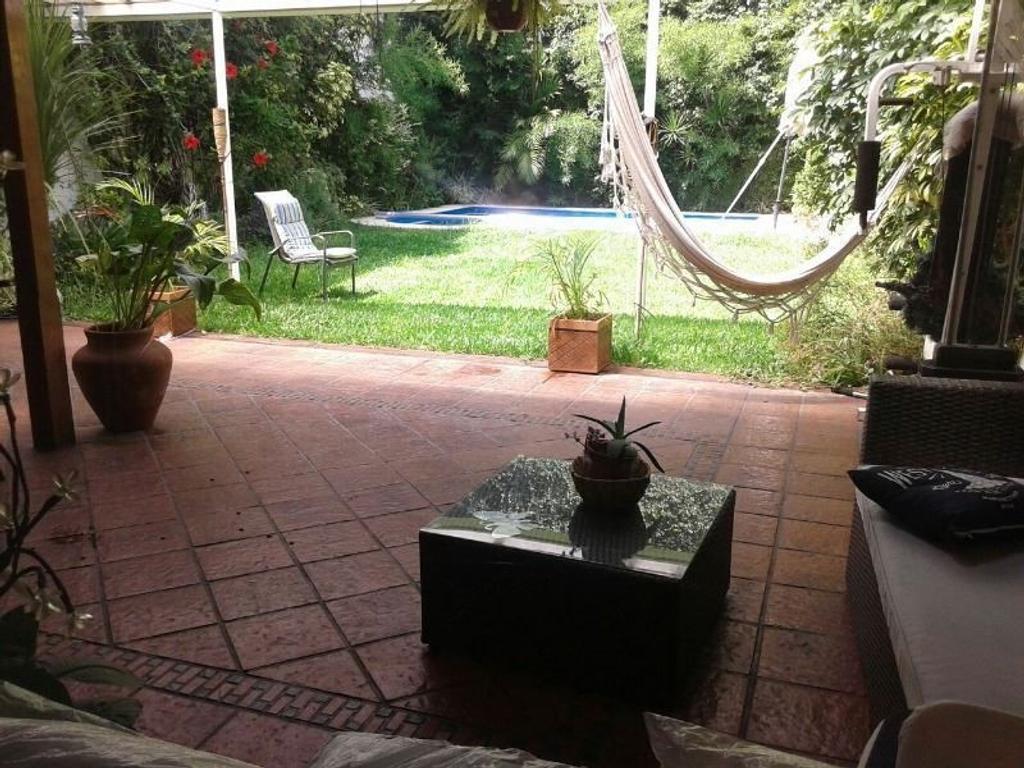 Casa en venta en magallanes 1500 barracas argenprop for Jardines patios casas