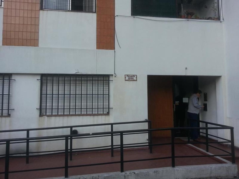 Departamento 2 amb. centro Lanus APTO CREDITO