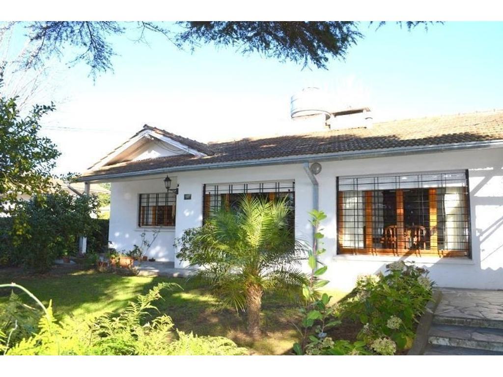 Casa En Venta En Paseo 106 1100 Villa Gesell Argenprop # Muebles Villa Gesell