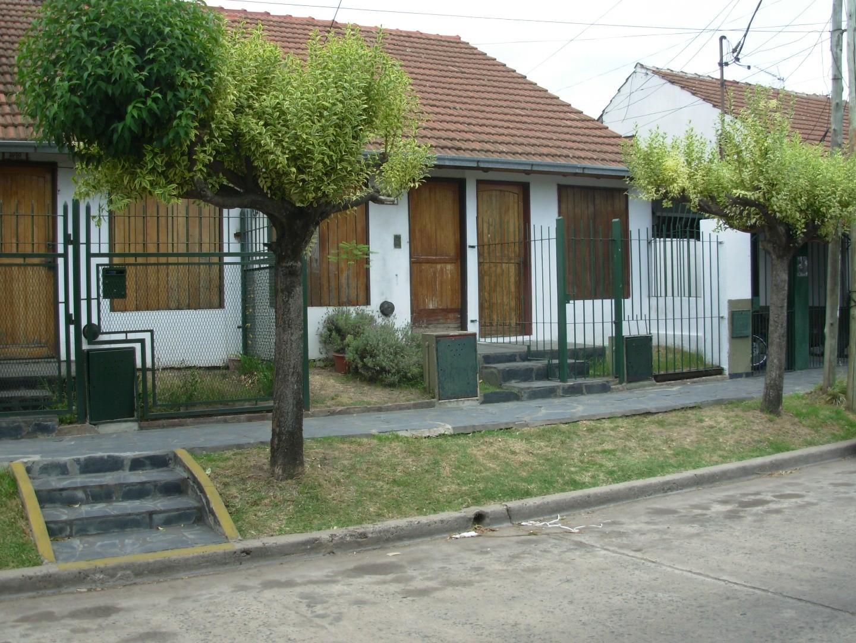 Excelente Dúplex en barrio cerrado Castelar Sur. APTO CRÉDITO