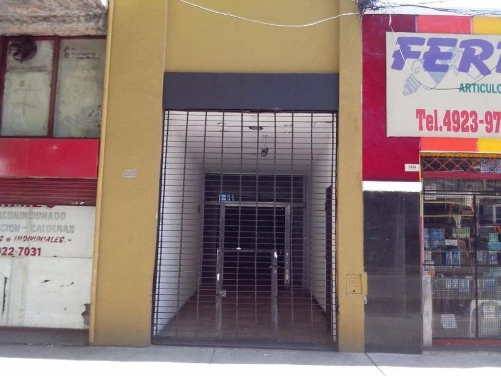 EXC. GALPON con vivienda 400M/APTO TODO DEST/PQUE. CHACABUCO