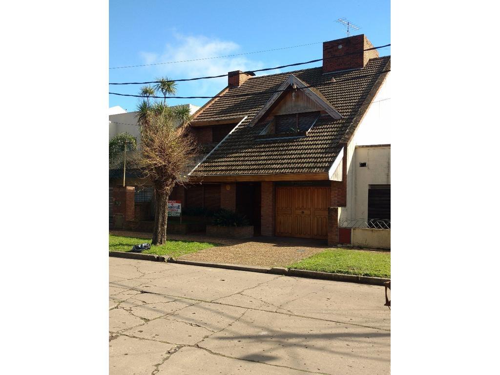 Casa en venta en frias 2267 jose marmol argenprop for Casas en jose marmol