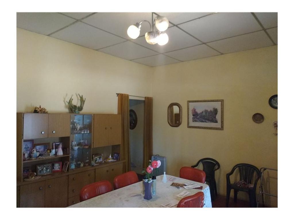 Vendo Casa en Av. Sarmiento macrocentro