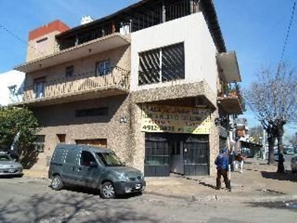 Casa en Venta de 6 ambientes en Capital Federal, Pompeya