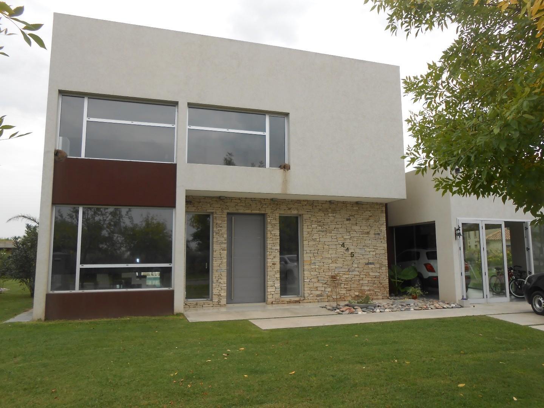 Casa en Venta en Terravista - 4 ambientes