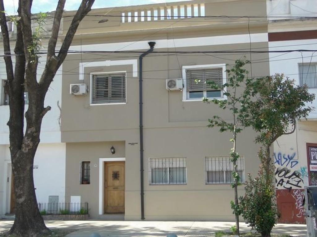 Casa en venta en holmberg 2515 belgrano argenprop for Casa de azulejos en capital federal