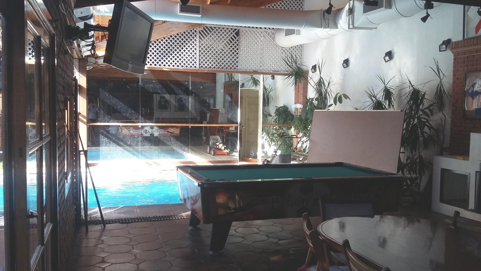 Casa - 630 m² | 5 dormitorios | 23 años