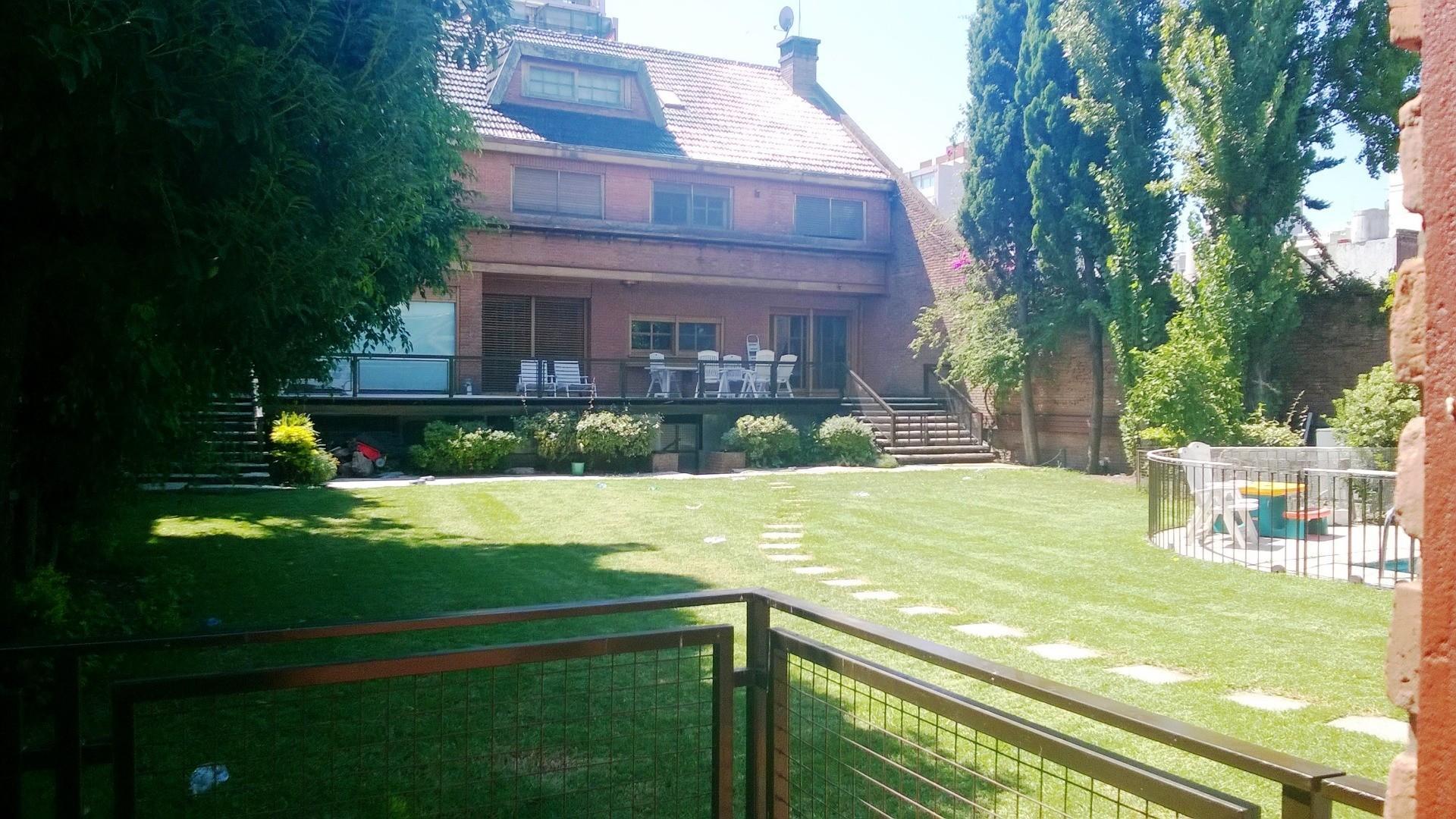 Casa en Venta en Villa Urquiza - 6 ambientes