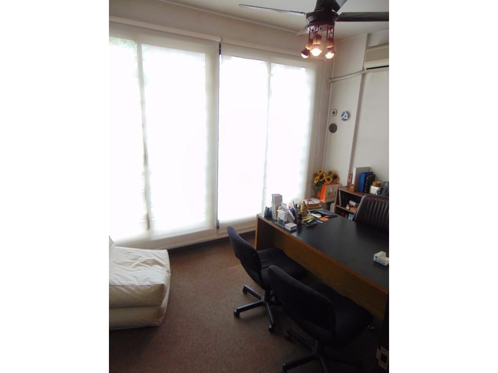 Oficina 42 m² Baño y Cocina C. de La Paz 2300