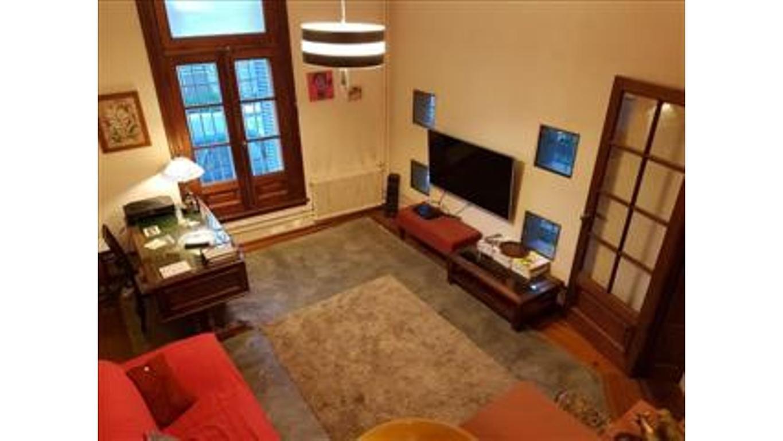 Excelente Casa de estilo Yerbal 4100, 5 amb con cochera