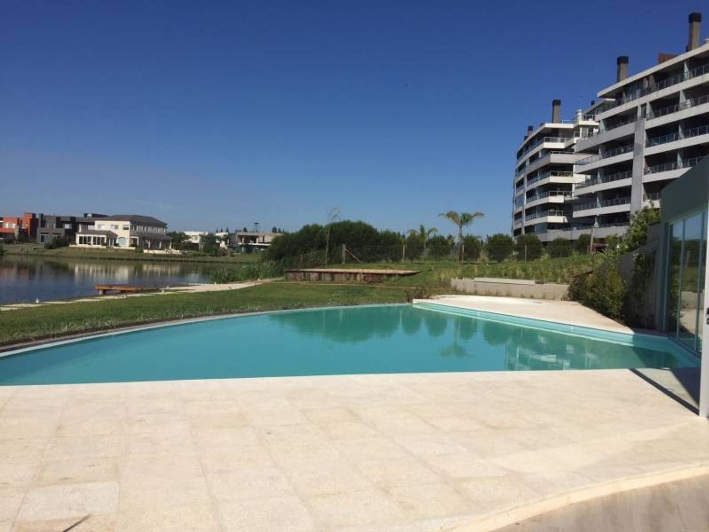 NORDELTA - Acqua Golf | Oportunidad, ultimo departamento con jardín, en venta
