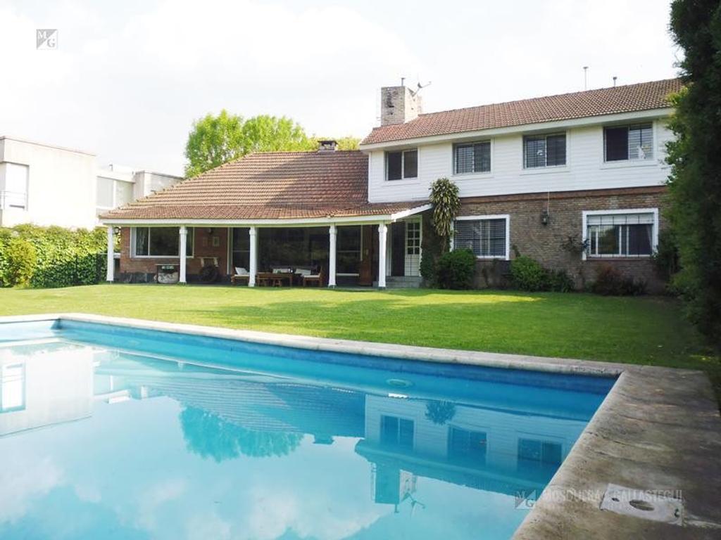 Casa en venta Lomas de San Isidro - Horqueta