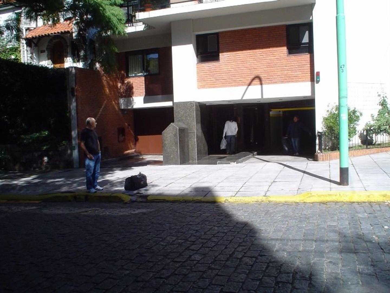 EXCELENTE DEPARTAMENTO  CON MAGNIFICA VISTA AL RIO Y A LA CIUDAD