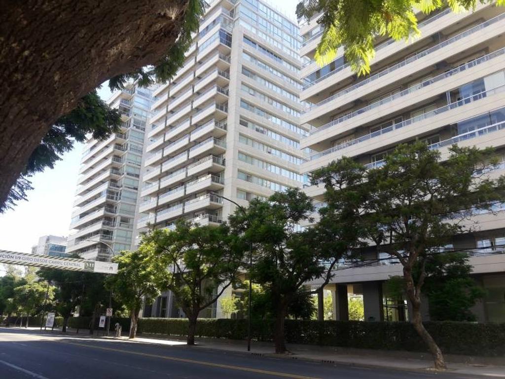 Horizons- Departamento de dos ambientes en piso alto con vista residencial.