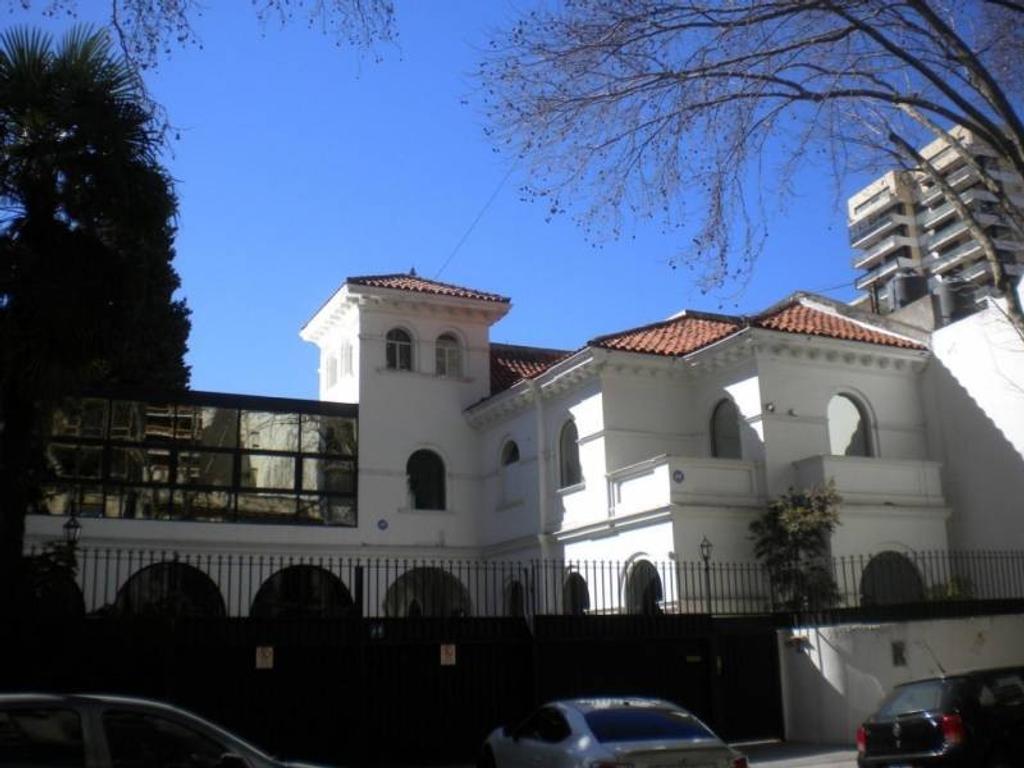 Casa en alquiler en 11 de septiembre 800 belgrano for Casa de azulejos en capital federal