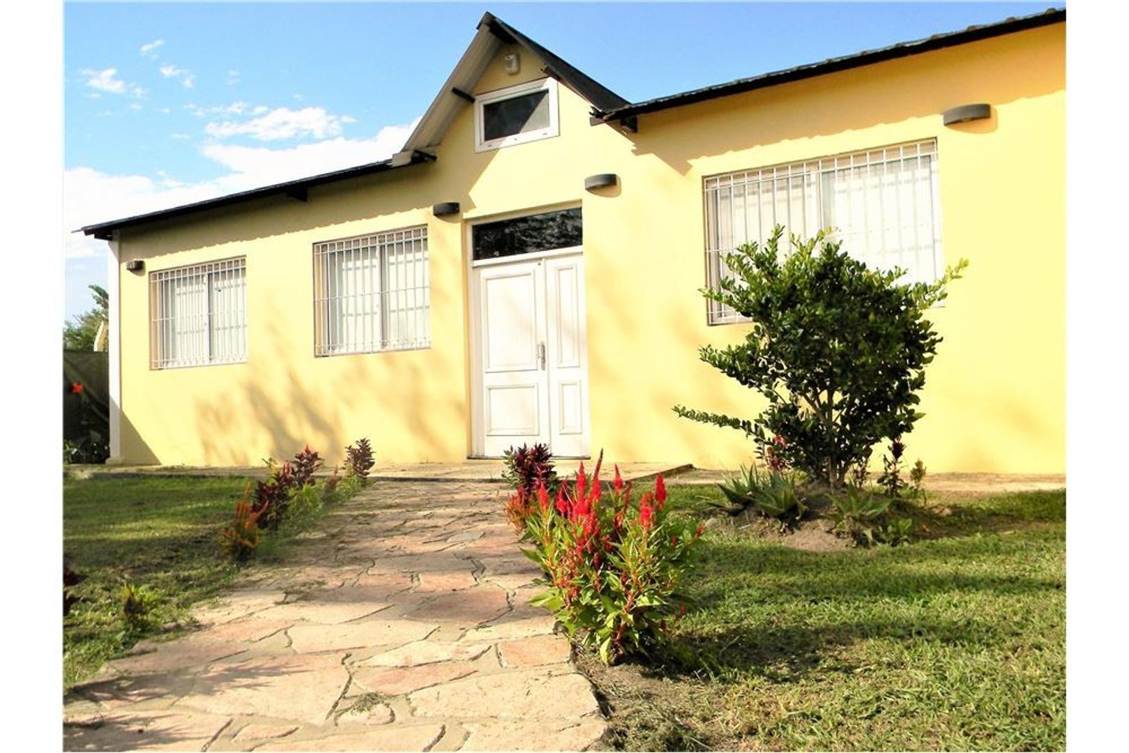 Casa quinta 4 amb, piscina,quincho Gral Rodriguez
