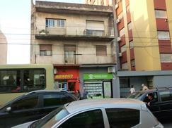 1ero y 2do piso con habitaciones a remodelar