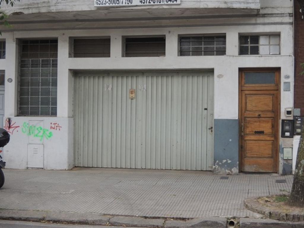 GALPÓN DE 90 M2. PLANTA DE 6X9.EN VILLA URQUIZA