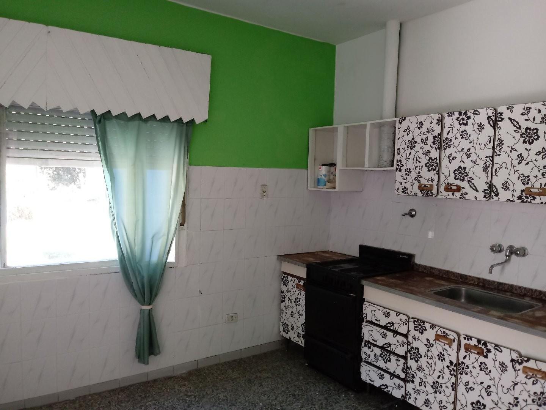 Dueño Vende Oportunidad Casa c/Cochera al Frente