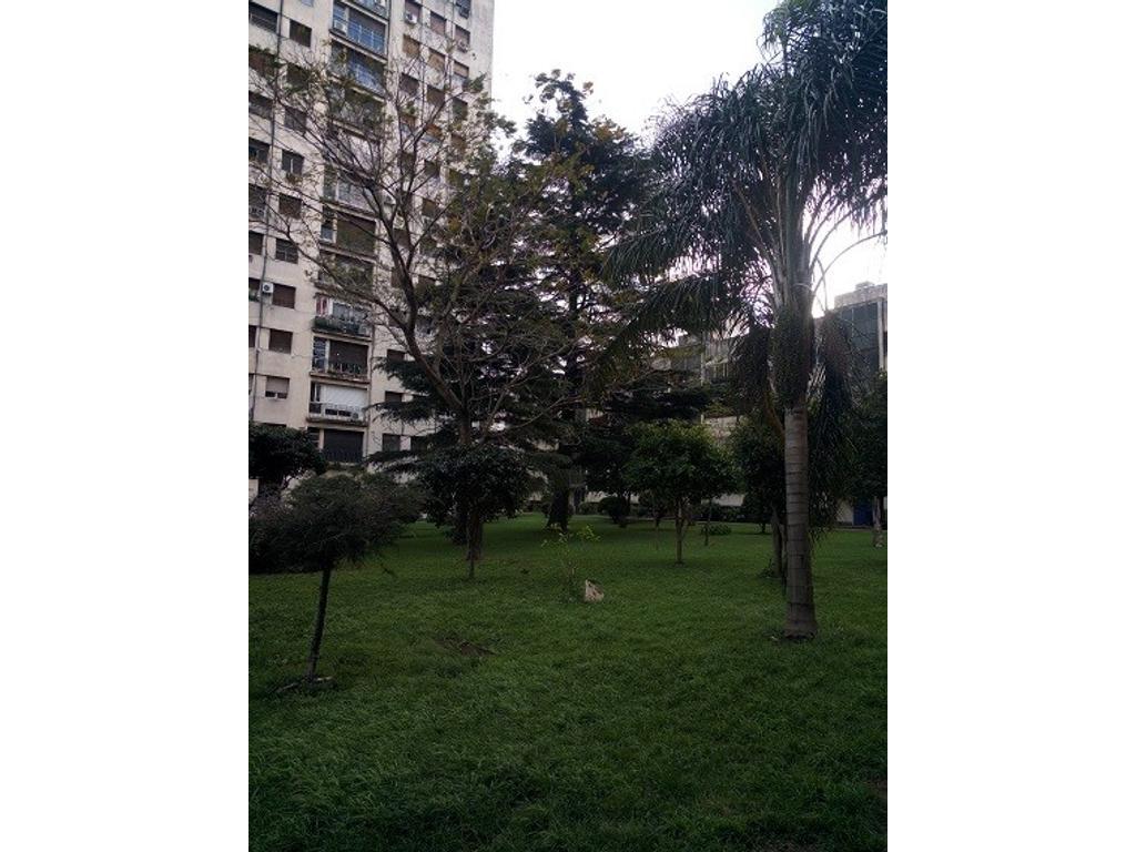 venta departamento 3 ambientes frente balcon parquet villa del parque