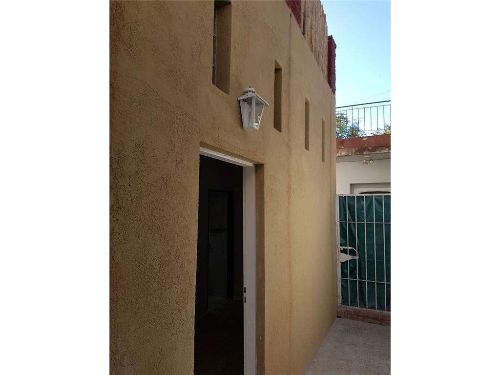 Dueño Vende Ph 3 Amb 2 Dormitorios, 3 Baños,terraza quincho y parrilla,hecho A Nuevo