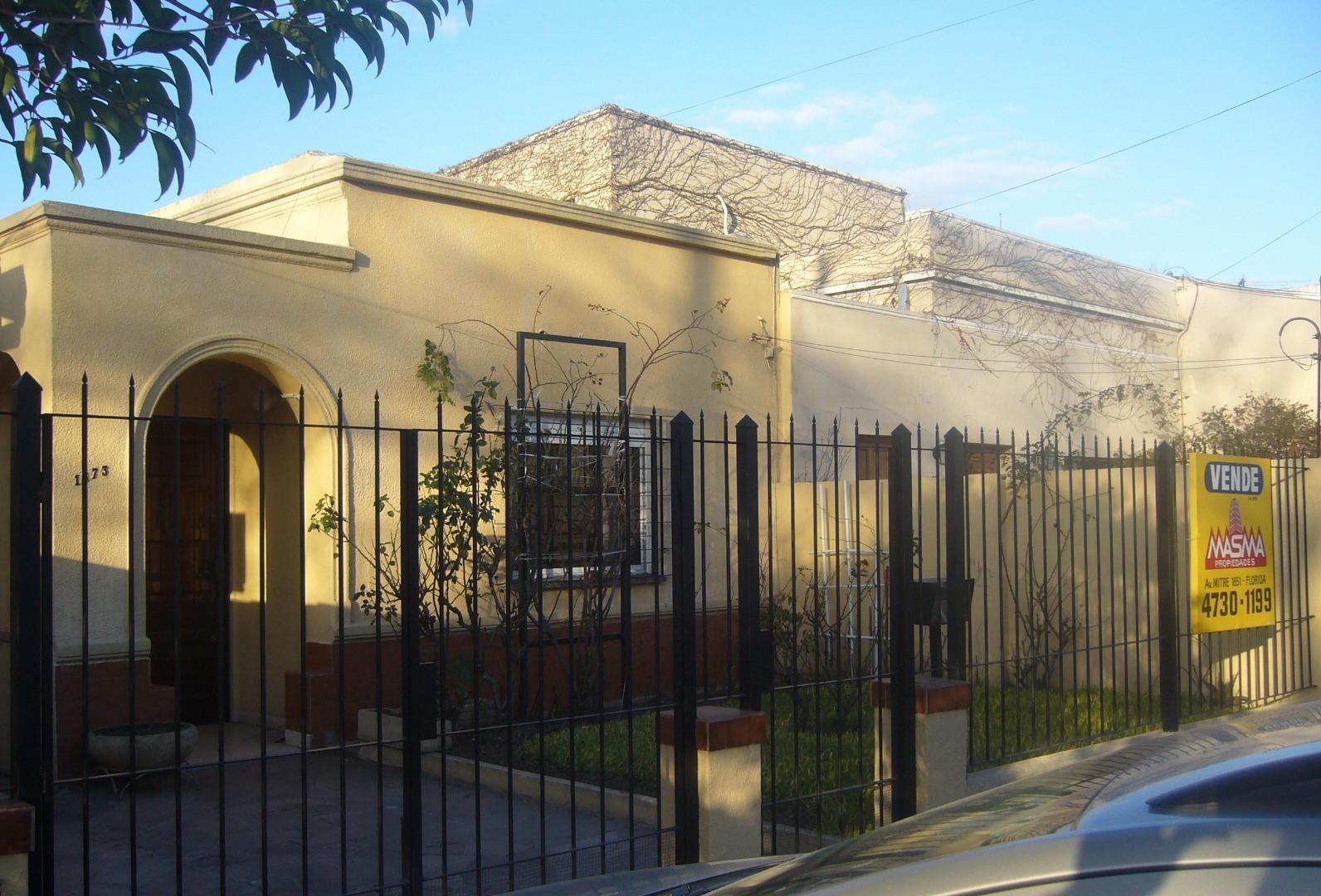 Casa en Venta en Florida - 5 ambientes