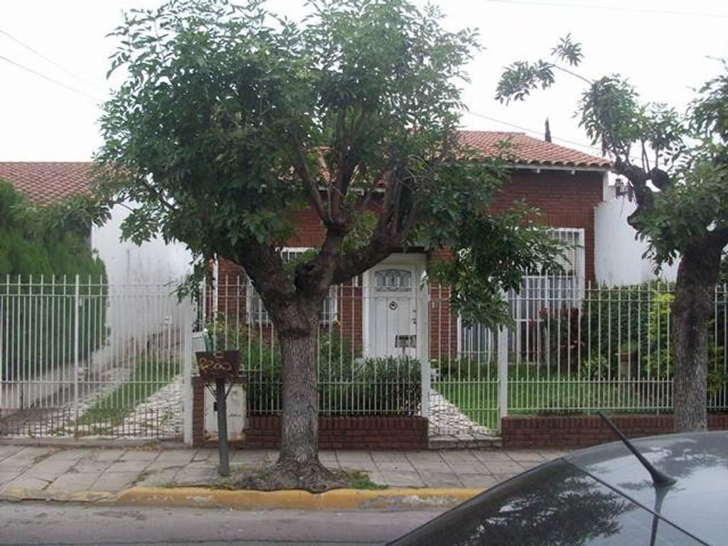 Casa - Venta - Argentina, Merlo - Guemes 744