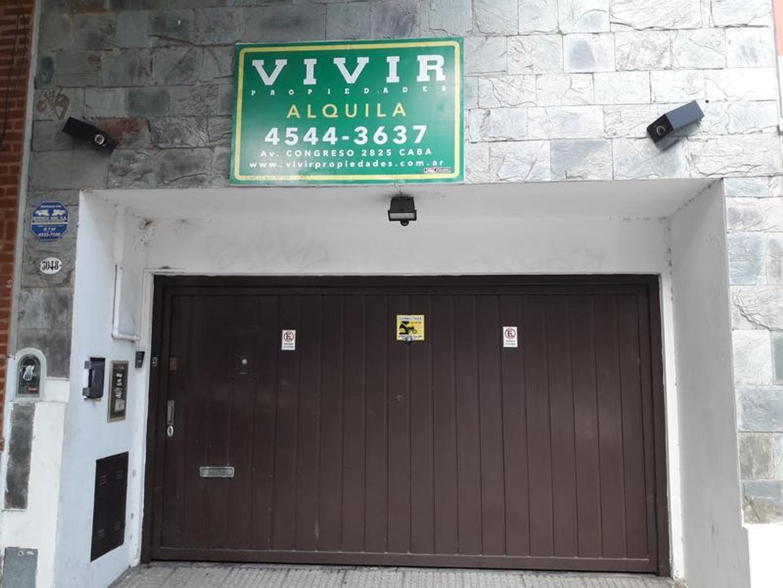 Casa en Alquiler en Belgrano - 6 ambientes