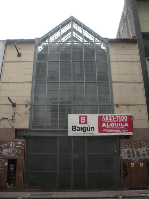 Edificio Comercial 950m2 a mts de 9 de Julio!!