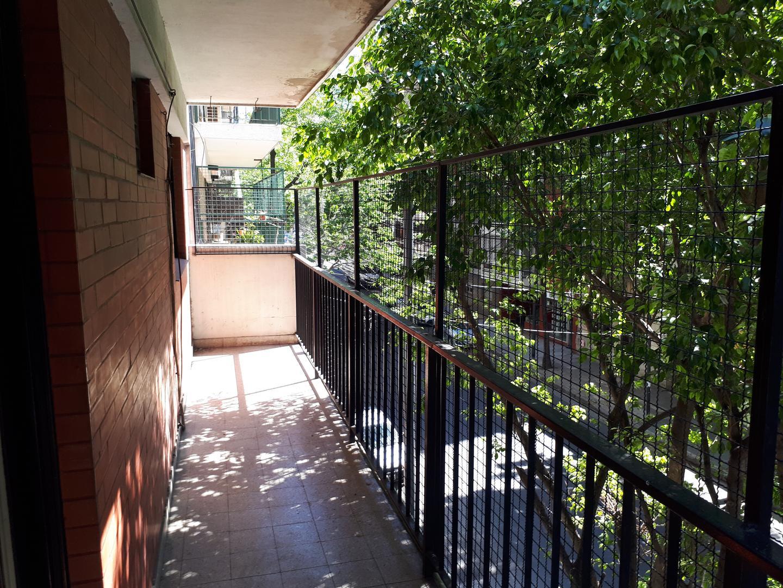 Departamento - 65 m²   2 dormitorios   49 años