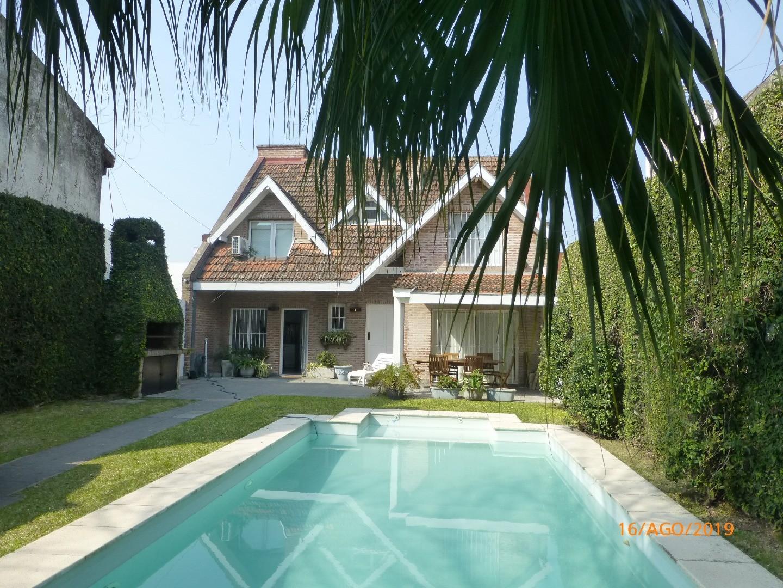 Casa en Venta en San Isidro Lasalle / Rio - 4 ambientes