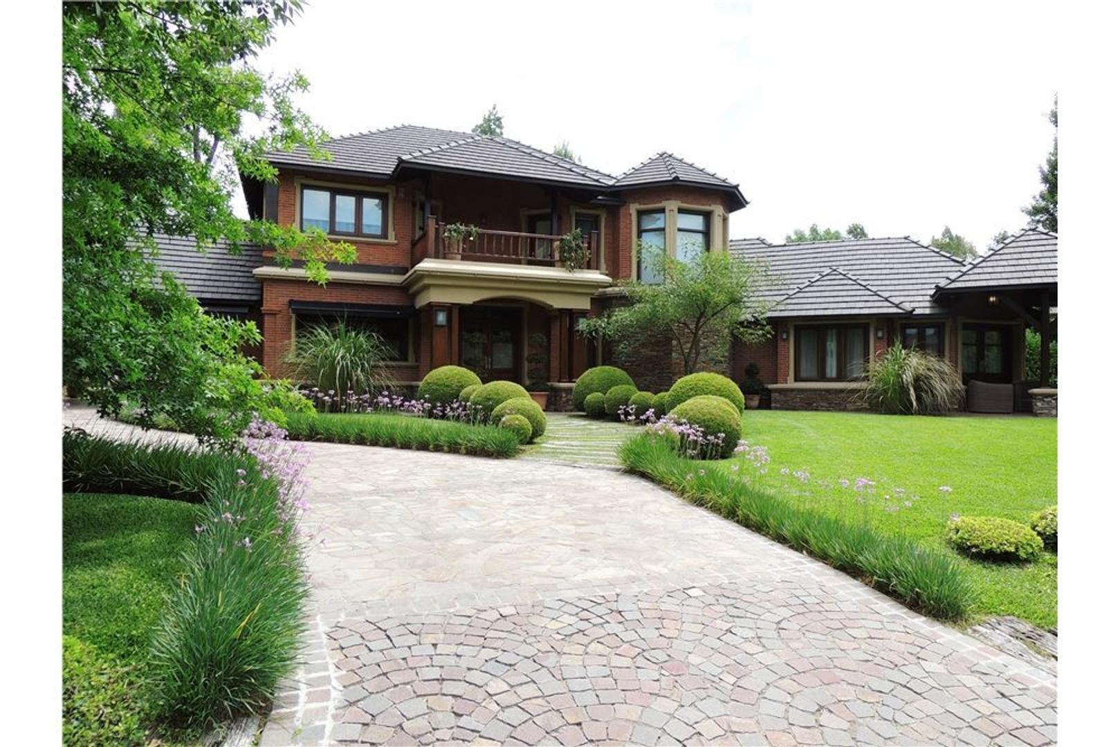 Exclusiva Casa en Campos De Alvarez