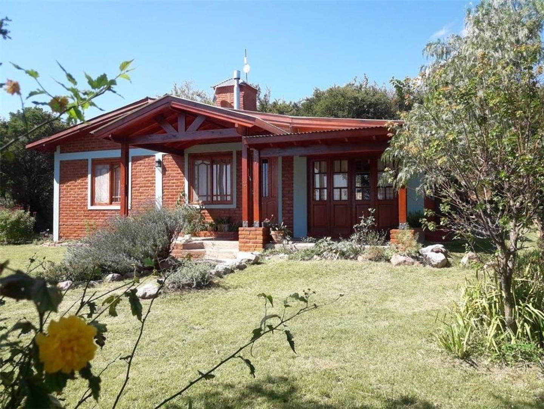 Dueño vende casa al pie de las sierras con vista al valle
