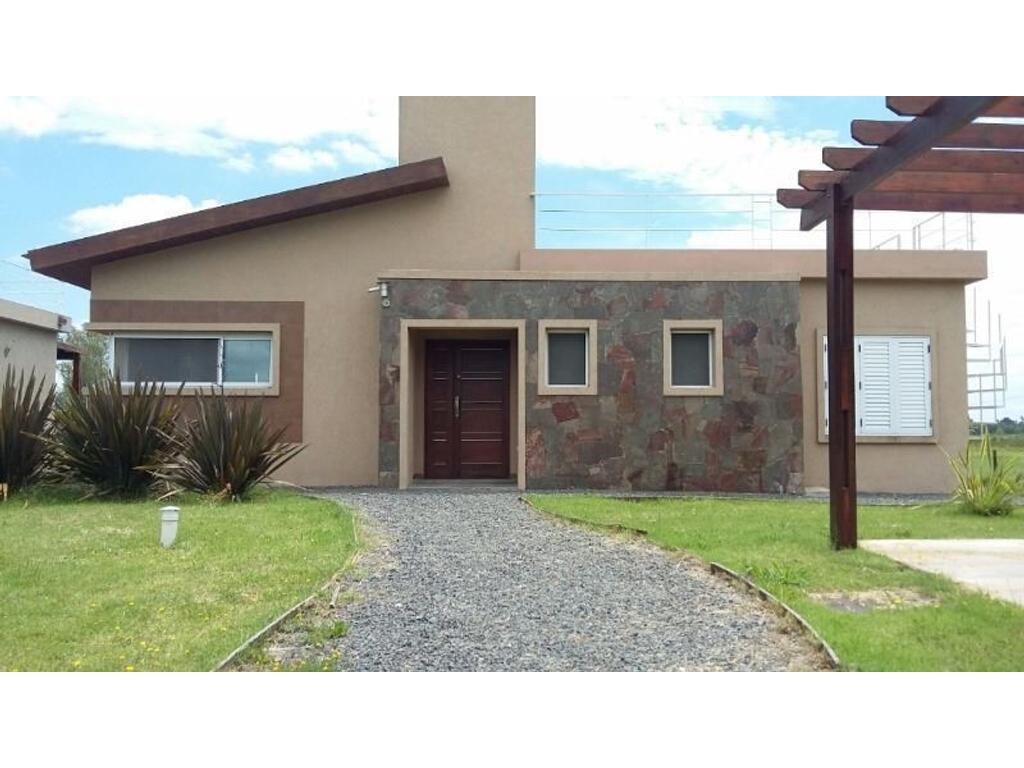 Venta Casa quinta en Bahia de los Lobos-Laguna de Lobos