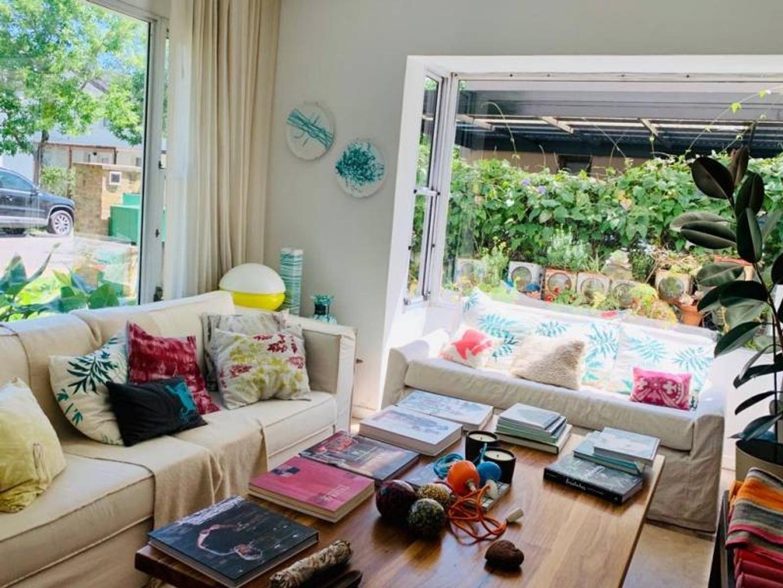 Casa - 270 m² | 4 dormitorios | 20 años