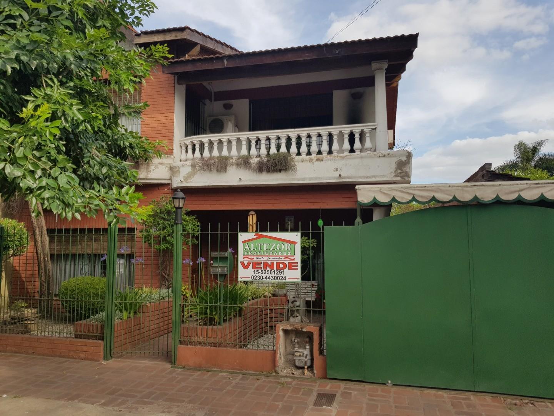 Casa en Venta en Villa Morra I - 5 ambientes