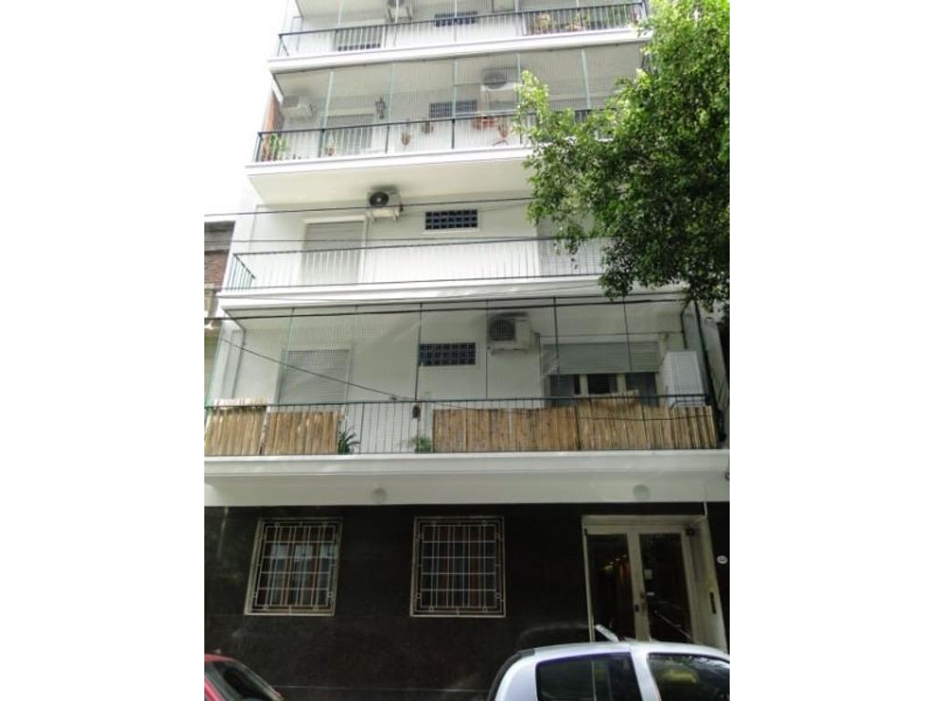 Quito al 4300 - Excelente departamento de 3 ambientes con dependencia