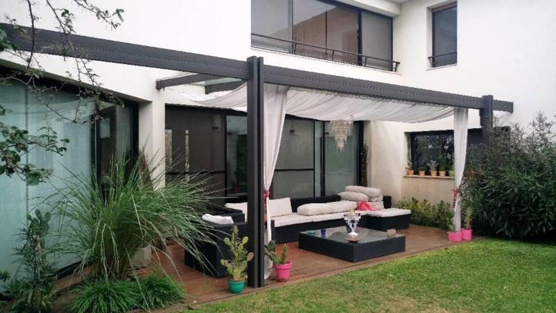 Casa moderna en Country Miraflores - 4 o 5 dormitorios