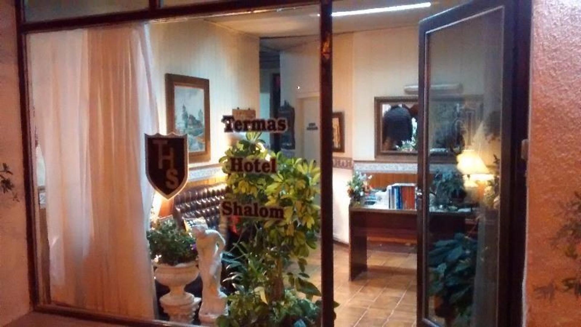 HOTEL BOUTIQUE EN CARHUÉ, CIUDAD DE AGUAS TERMALES