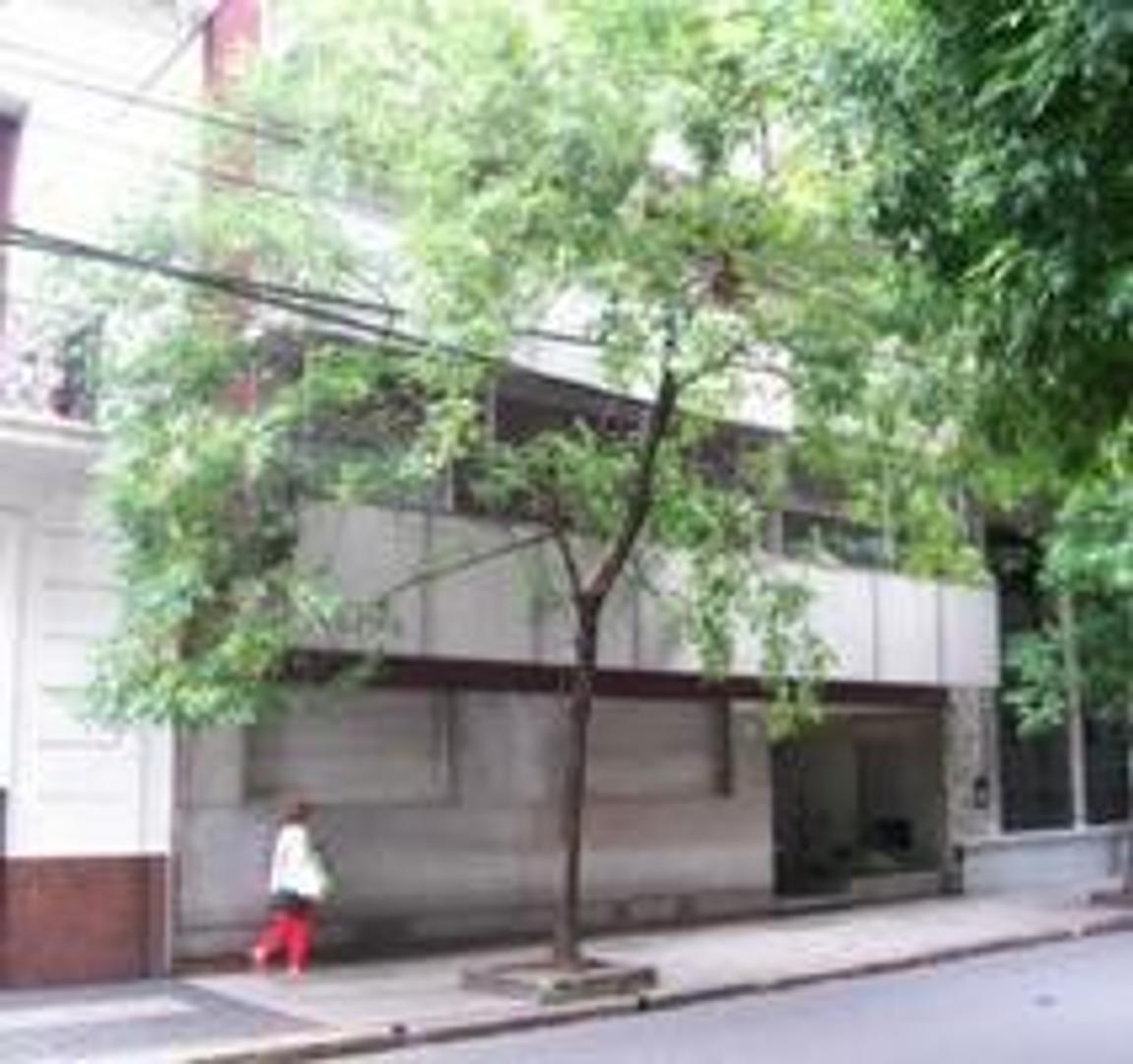 Barrio Norte 4 ambientes c/dep. - luminoso - 85 metros cuadrados - balcon al contrafrente