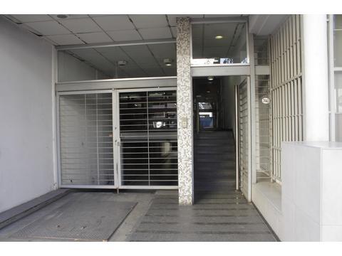 VENTA / ALQUILER 173 m2 Piso San Cristobal CABA