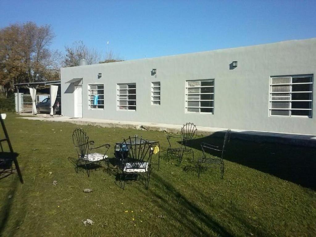 Casa de campo en Plomer,Partido de Gral.Las Heras