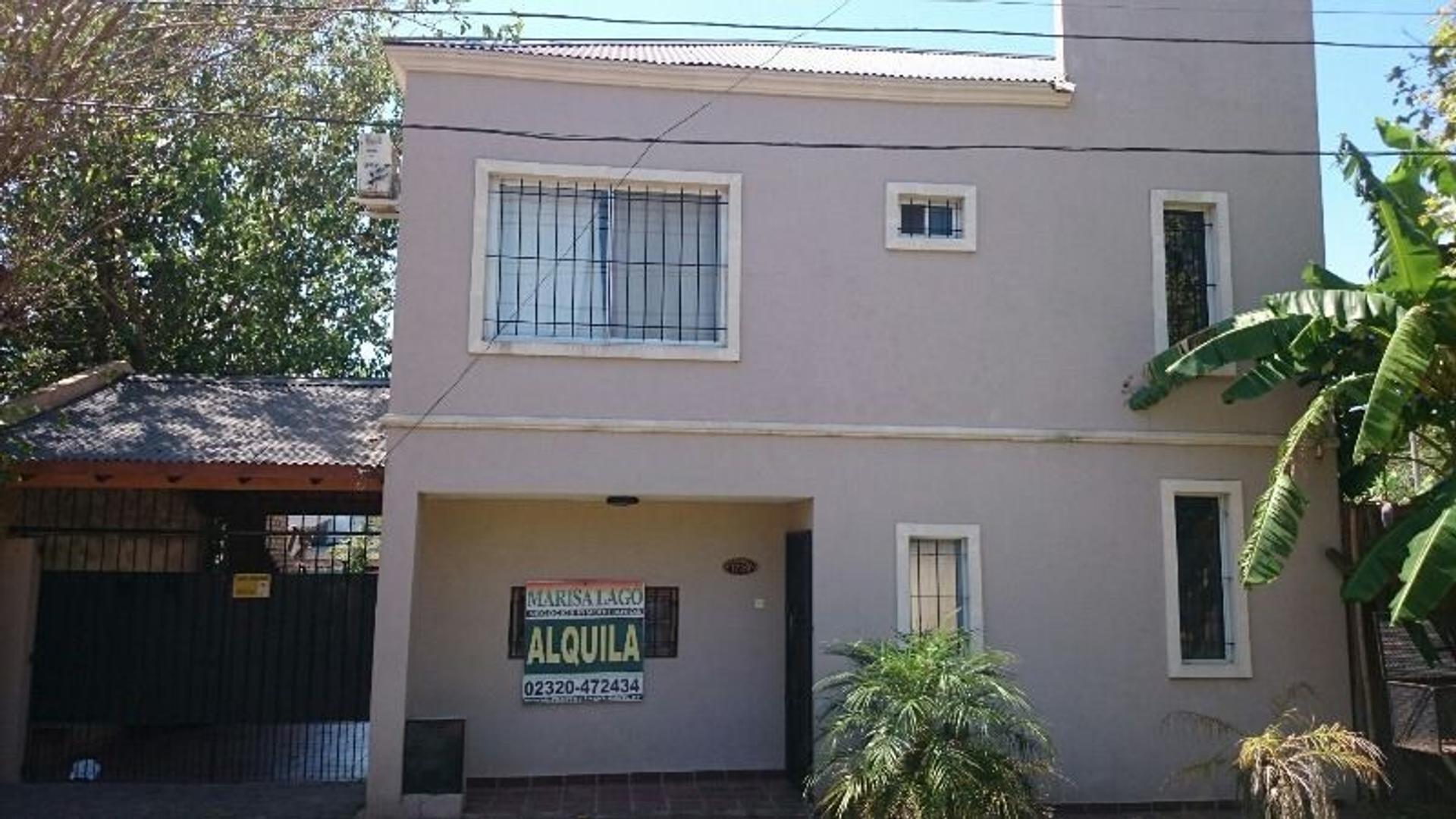 Muy linda casa en alquiler en De Vicenzo Chico
