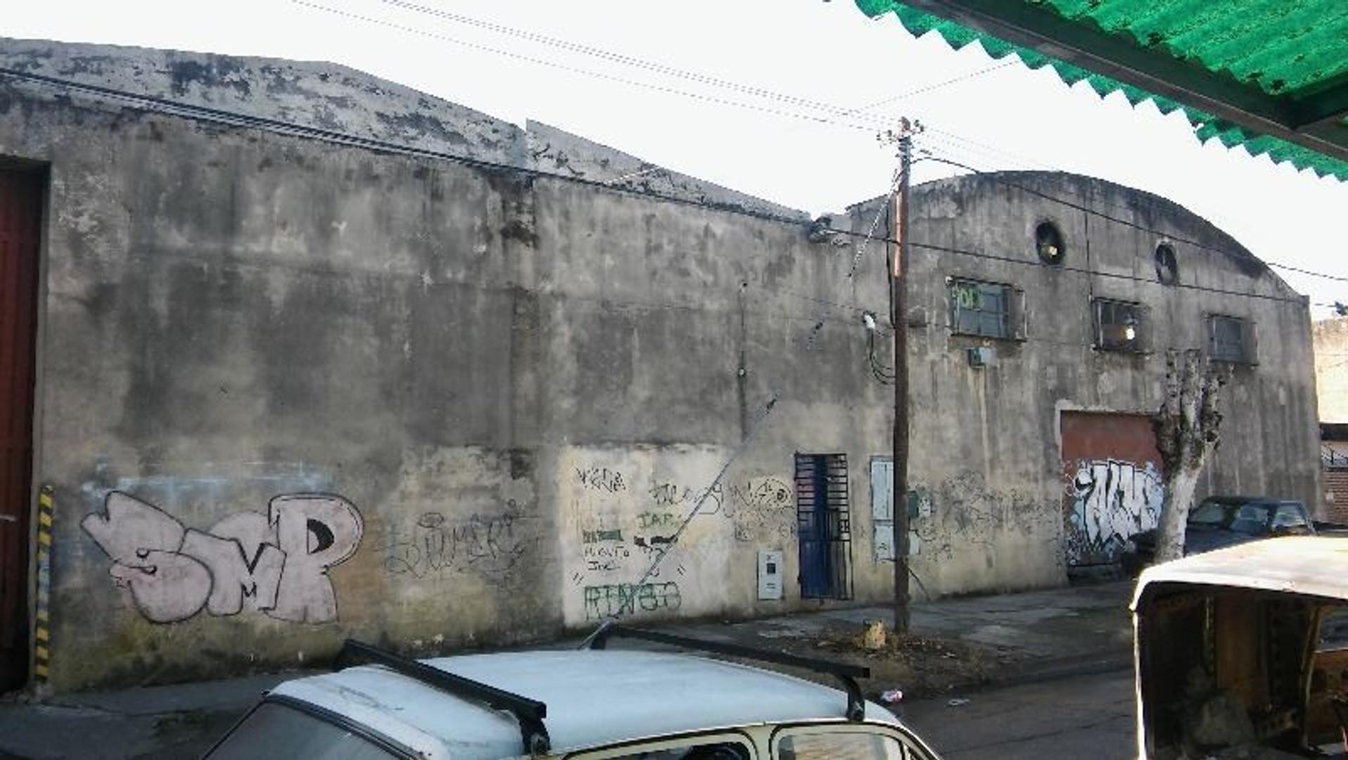 Galpon 1100 m2 en una Planta en zona Industrial Partido  General San Martin
