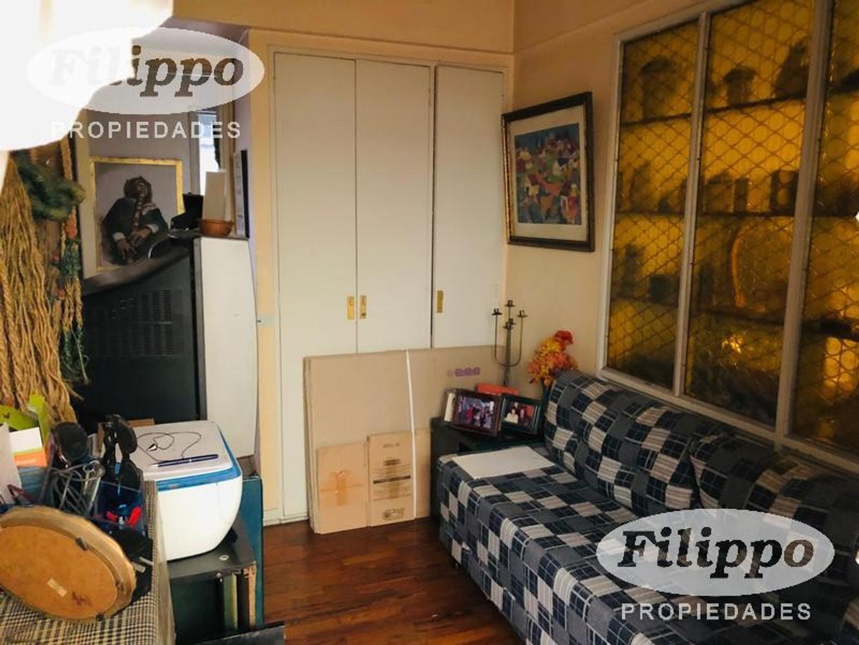 Departamento - 131 m²   3 dormitorios   45 años