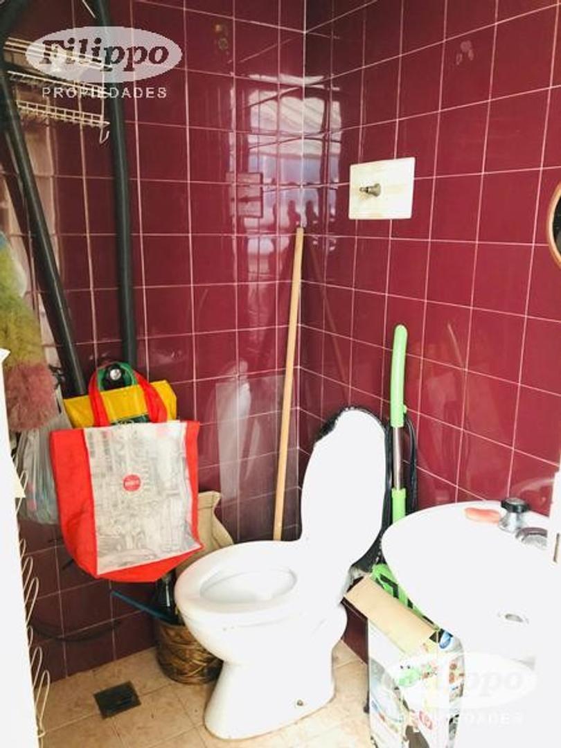 Venta: 4 Ambientes con dep. Cochera fija - Foto 17