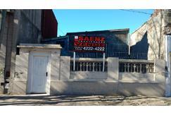 Casa - Levalle 931 - Avellaneda