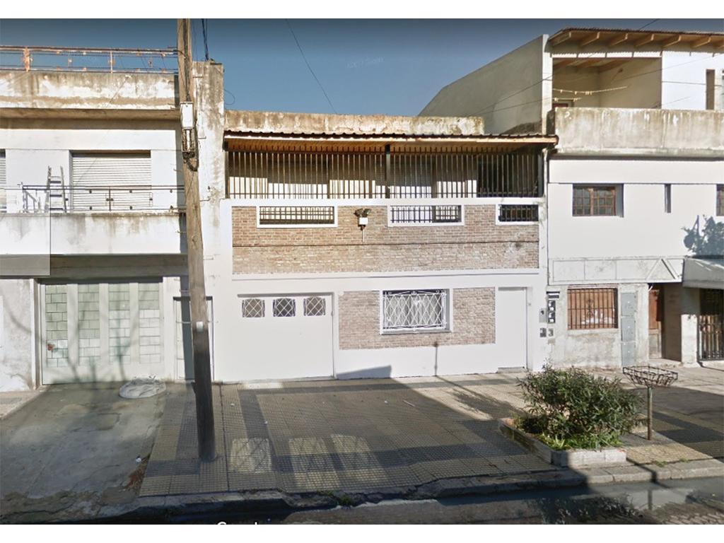 DPTOS TIPO CASA  -HAY DOS EXC. ESTADO (2 AMB 75 m2 y 3 AMB 82m2 ) s/SUBDIV. EL -VALOR  ES X 2-