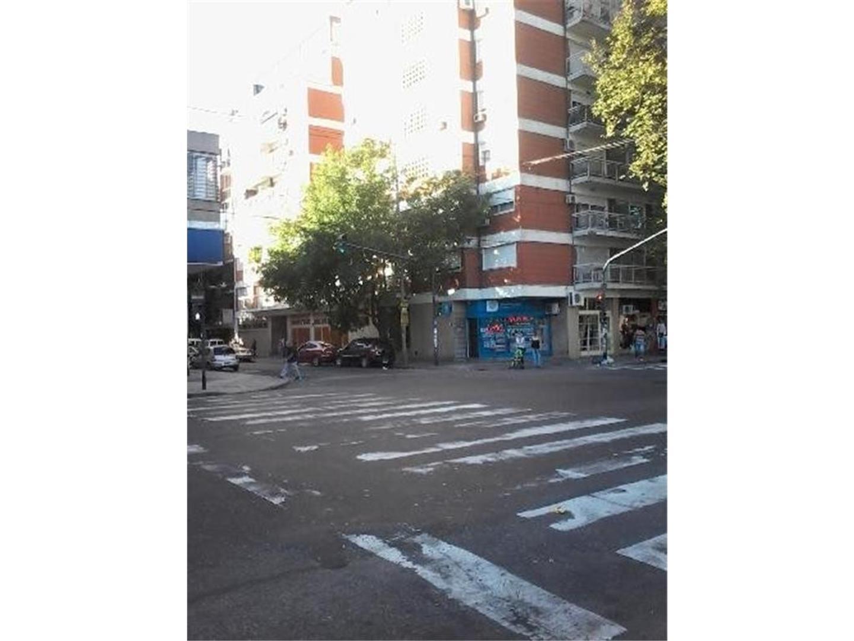 """EXCELENTE UBICACION"". B. BLANCA 411 ESQ. AVELLANEDA, 4 AMB C/DEP. BALCÓN AL FRENTE, COCHERA FIJA  - Foto 22"